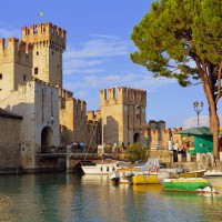 castle_3690964_960_720.jpg