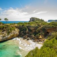 Mallorca_Cala_SAlmunia_1024x68.jpg