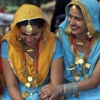 Zuid_India_vrouwen_meenaksshi_tempel_1600_975flexmail_e1601627387792.jpg